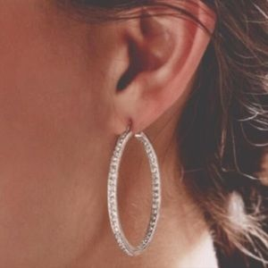 Chloe and Isabel endless pave hoops